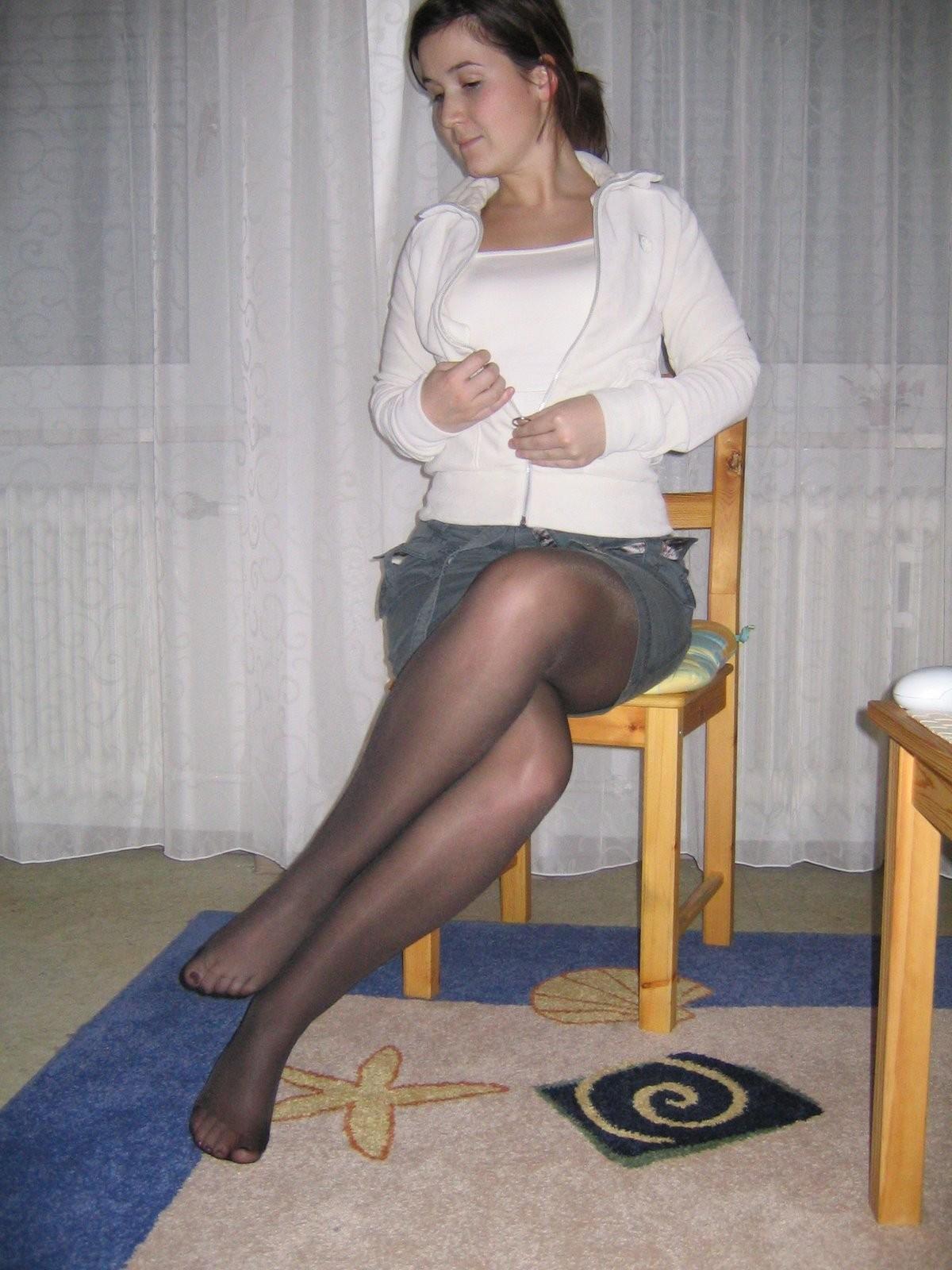 Молодая немка отсасыват и порется