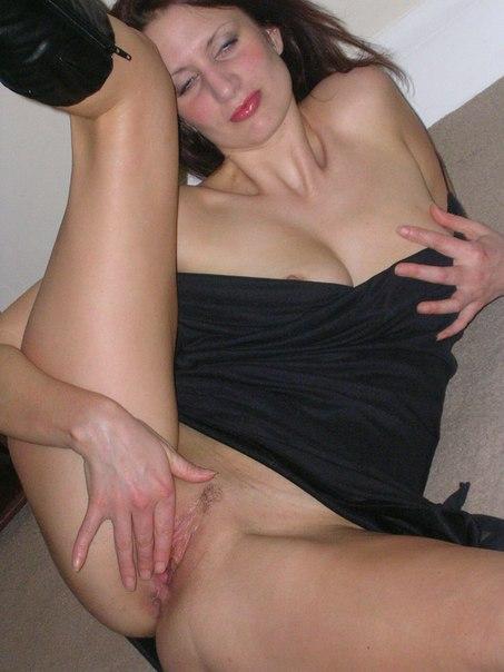 Горячая Соня засветила себя порно фото