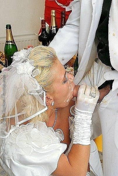 Подборка домашних снимков голеньких невест в чулках