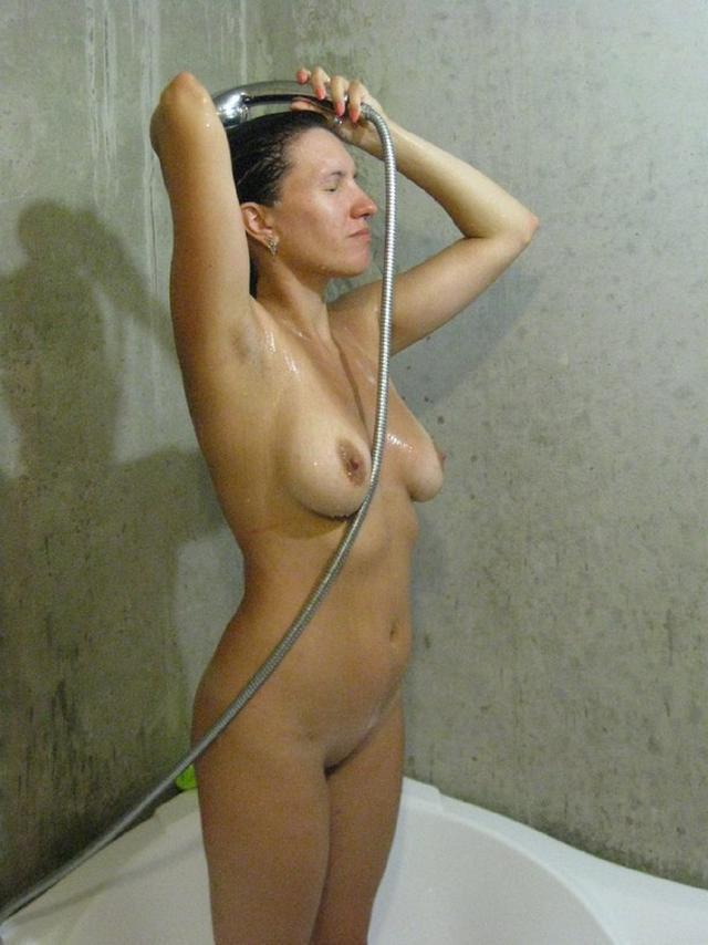 Голенькие вагины возбуждающих потаскух xxx фото